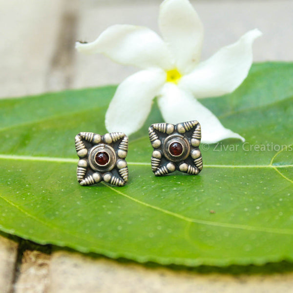 Pure Silver Handcrafted Ink Garnet Stone Stud