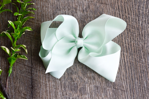 Light Mint 6 Inch Boutique Hair Bow - Dream Lily Designs
