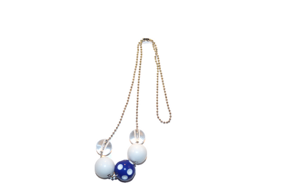 White and Blue Polka Dot Beaded Chain Necklace