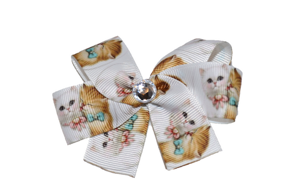 Cuddling Kittens Bow (Animal) - Dream Lily Designs