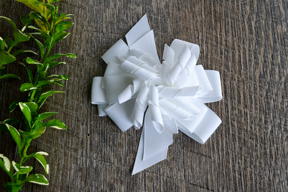 Korker Stacked Boutique Hair Bow - White - Dream Lily Designs