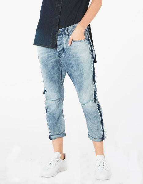 Saints Boyfriend Jeans - Sueño Clothing