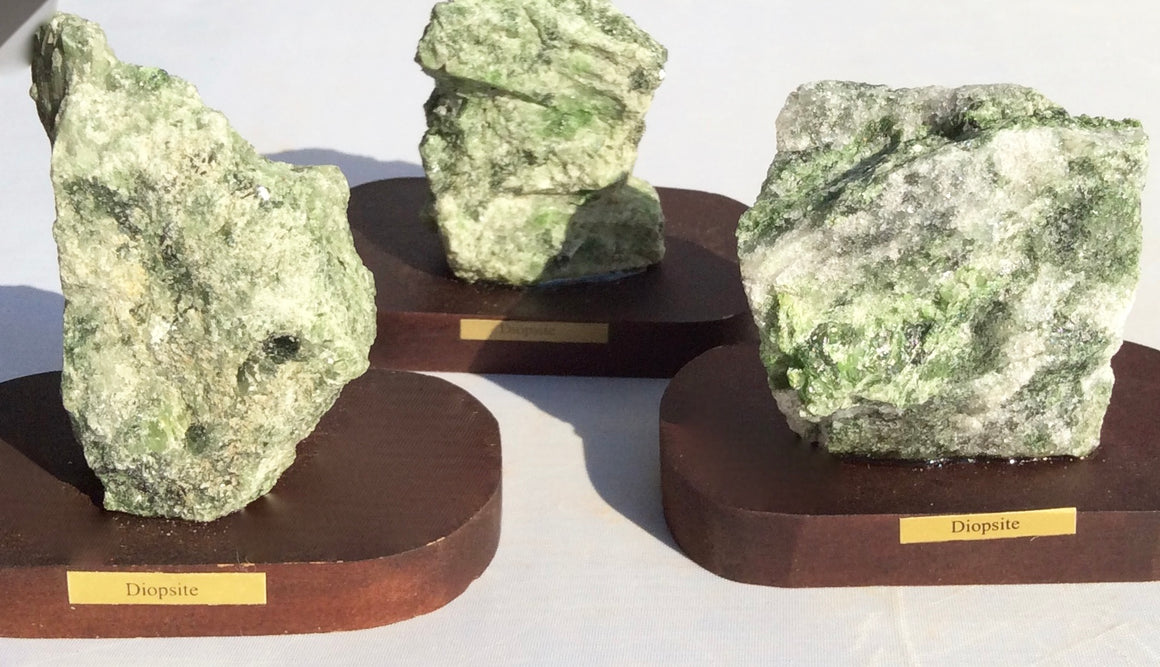 Mineral Sampler - Set of 4 Minerals on Wooden Bases  - Gift Boxed! - dinosaursrocksuperstore