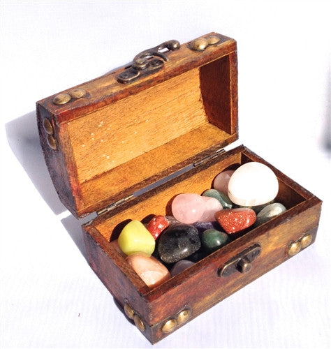 Favor - Wooden Treasure Chest filled with Brazilian Agates - dinosaursrocksuperstore