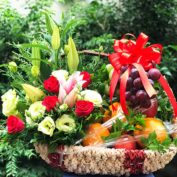 vietnamese-womens-day-fresh-fruit-01