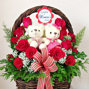 womens-day-flowers-and-teddy-bears