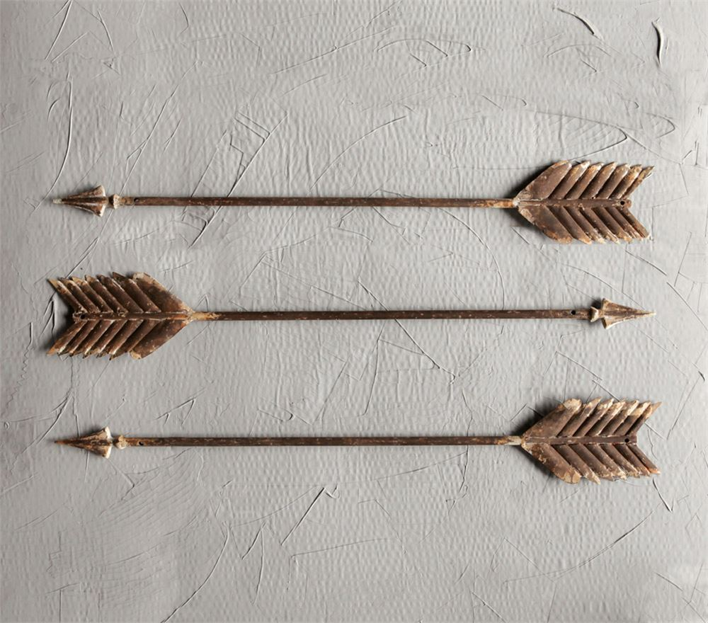 Metal Wall Arrow