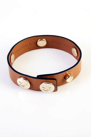 "The Moods Bracelet ""Minimal chic"" - Camel color is the eternal chic. Nothing more is needed."