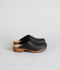 Klassisk Onyx Low Heel Clog
