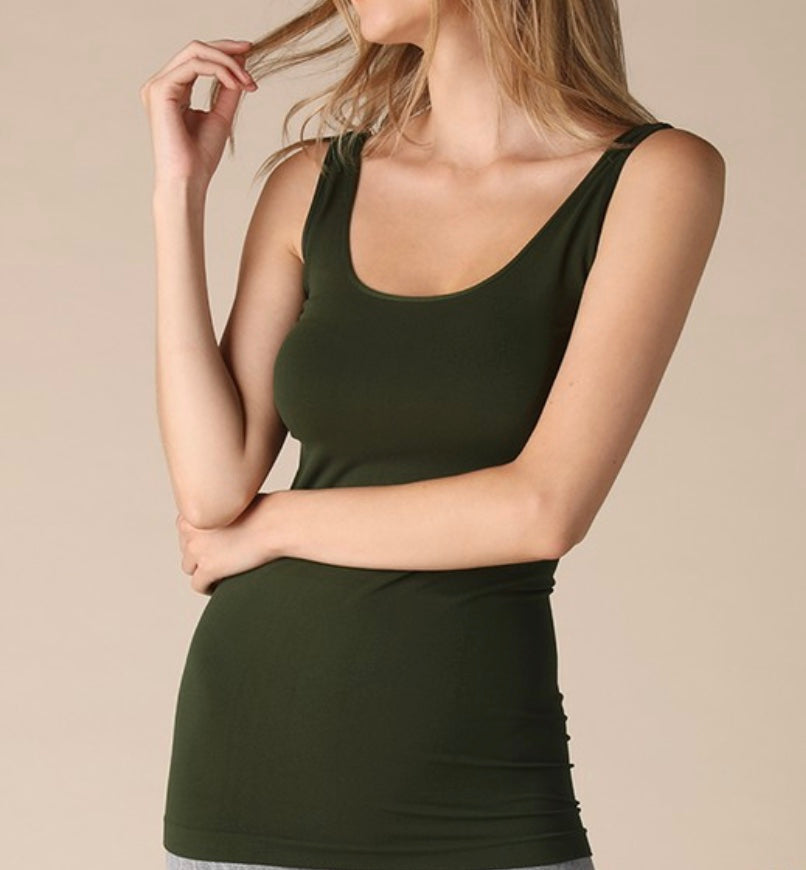 Mountain Views Cami, olive green - Lula and Mae Boutique