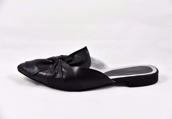 """Bow Down"" Black Point-Toe Slip On Loafers - SOMA Footwear"