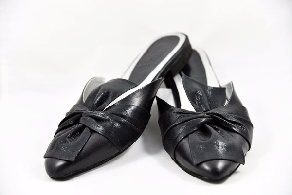 Black flat mules, Bow shoes, handmade loafers, backless loafers, black bow shoes, shoes with bows, loafer mules, soma shoes, shoes with bow