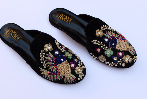 black flat loafers - soma