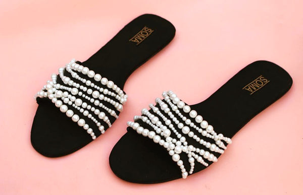 Wrapped In Pearls Slides - SOMA Footwear