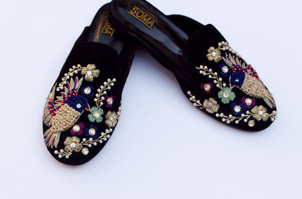 embroidered slip on shoes - soma