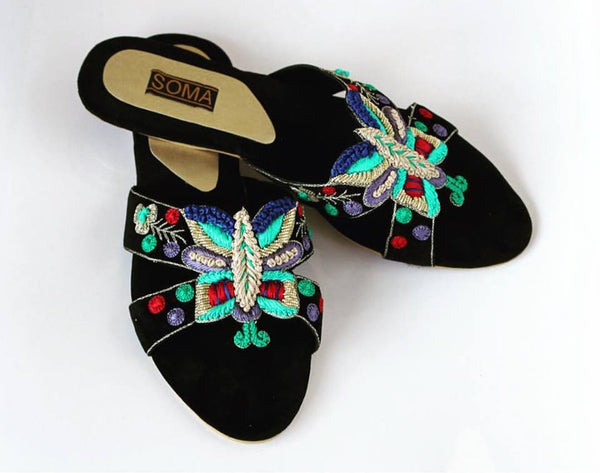 embroidered butterfly open toe sandals - soma