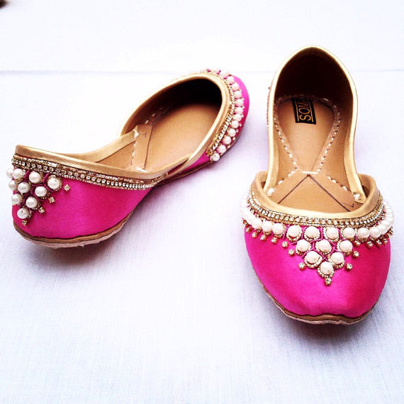 Pearl Detailed Leather Ballet Flats - SOMA Footwear