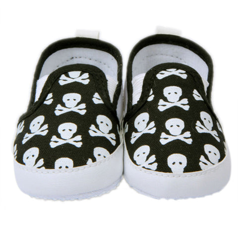 Skull & Crossbone Shoes - SimplyBaby.co - Shoes Funny baby clothes