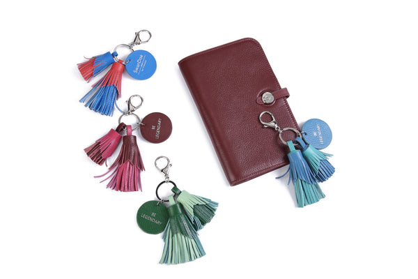 BE LEGENDARY - Keychain & Handbag Charm