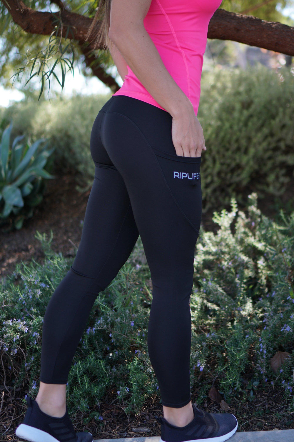 Womens Leggings with pockets - side - RIPLIFE1