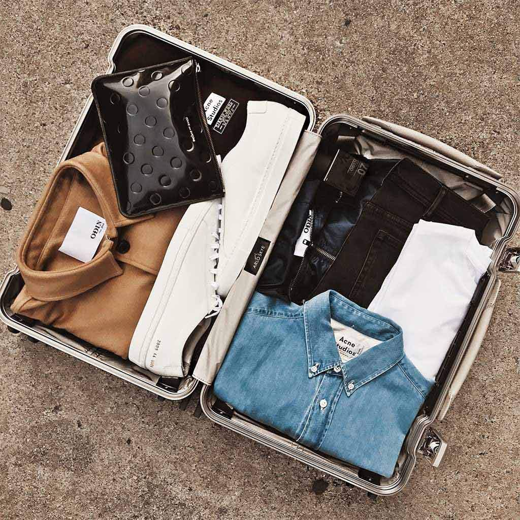 Five Tips To Pack Light And Pack Right