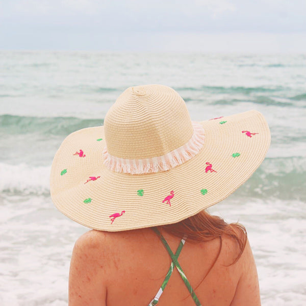 Flamingo Getaway Glam Packable Honeymoon Hat™