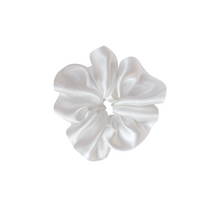 Load image into Gallery viewer, Pearl Silk Scrunchie