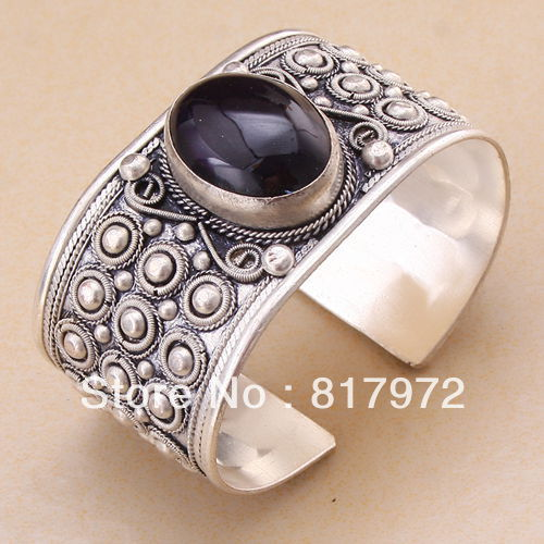 Free Shipping - Old Tibet Silver Carved oval black Bead cuff Adjustable Bracelet