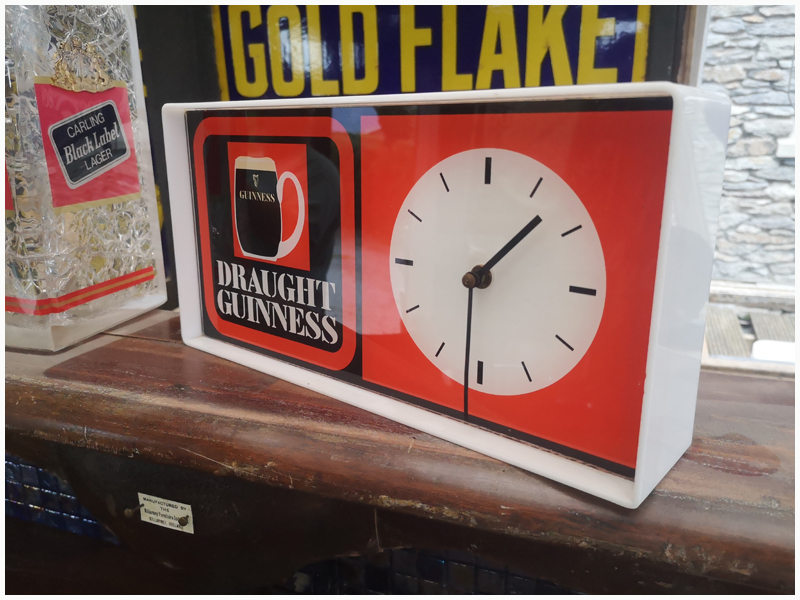 Genuine Original 1970's Retro Guinness Clock
