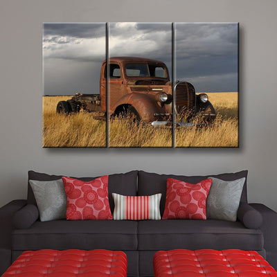 Old Rusty - Amazing Canvas Prints