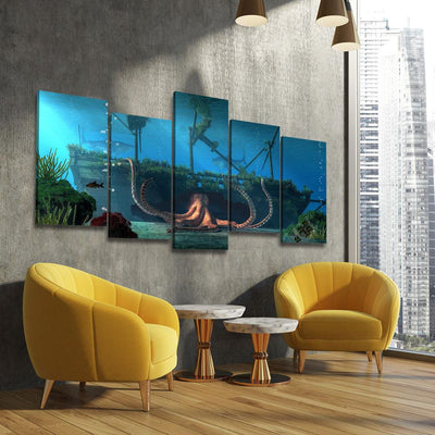 Sunken Ship - Amazing Canvas Prints
