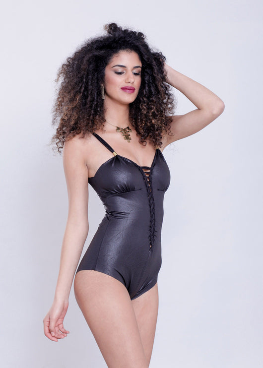 Cut Swimsuit :  Wetlook Black