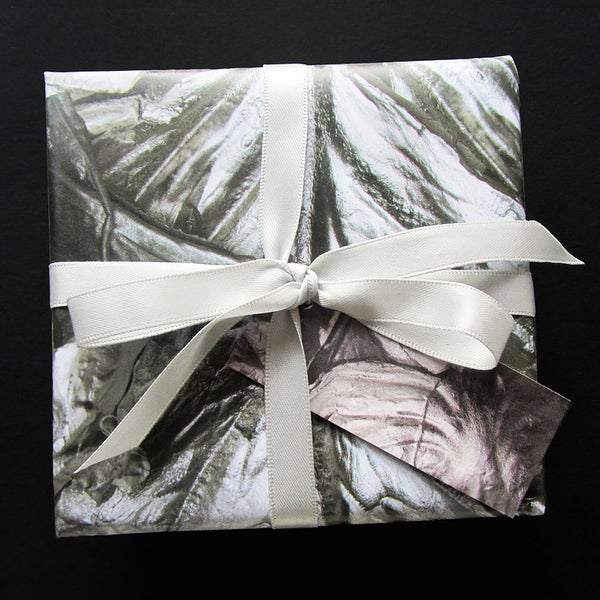 Laura Nelson contemporary jewellery complimentary Christmas gift wrap!