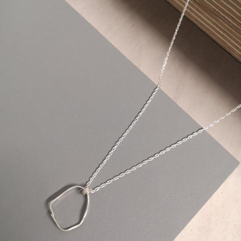 Find Laura Nelson Contemporary Jewellery at a market or event near you!