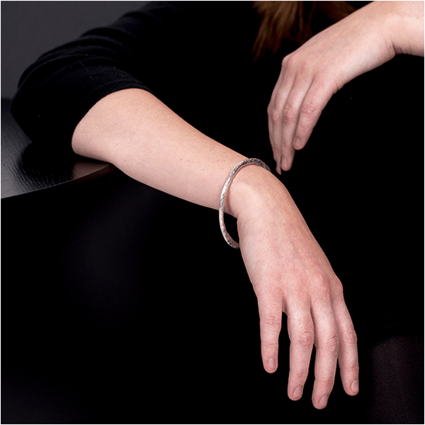 Contrast Bangle in cast solid sterling silver by Laura Nelson Contemporary Jewellery