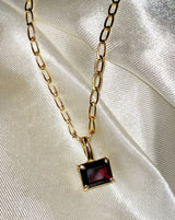 Faris Gem Necklace in Bronze with Garnet