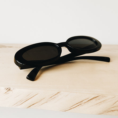 Outta Love Sunglasses Black