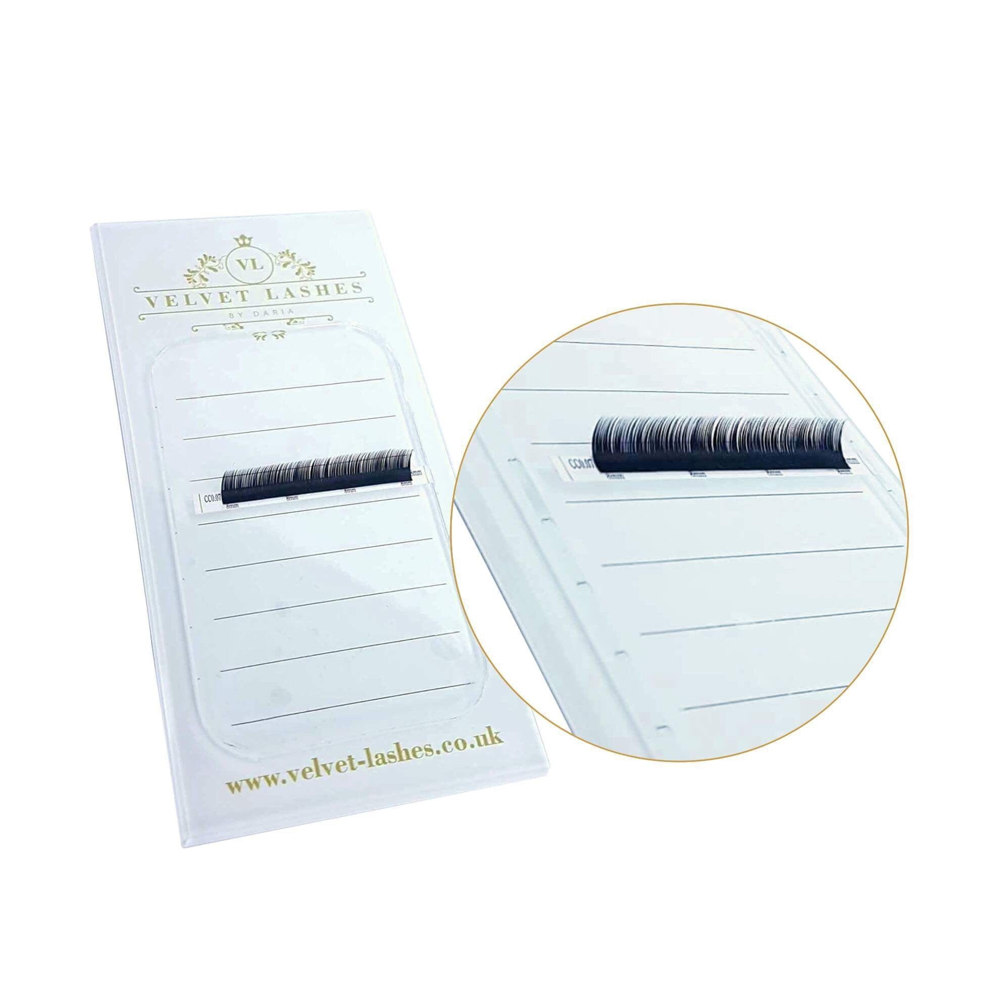 STICKY SILICONE LASH PAD for lash holder / forehead / hand