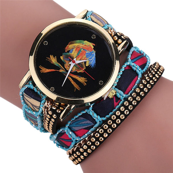 Luxury Vogue Rhinestone Skull Quartz Watch Light Blue