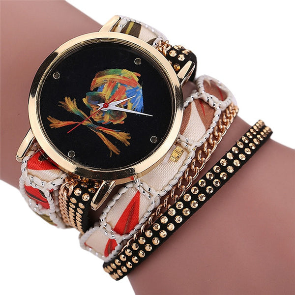 Luxury Vogue Rhinestone Skull Quartz Watch White