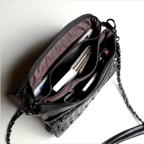 SKULL EMBOSSED WOMEN SHOULDER BAG-INTERIOR