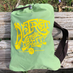 Detroit Vintage Font Cinch Backpack - Soft Green/Chocolate