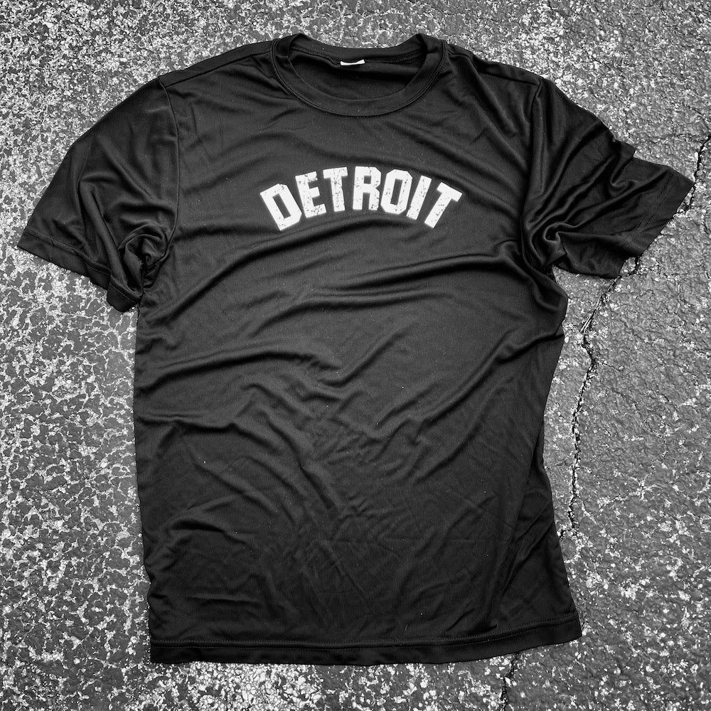 Mens Detroit Bend Performance T-shirt (Black)