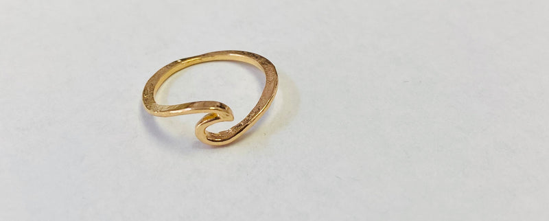 Pure Wave  Ring