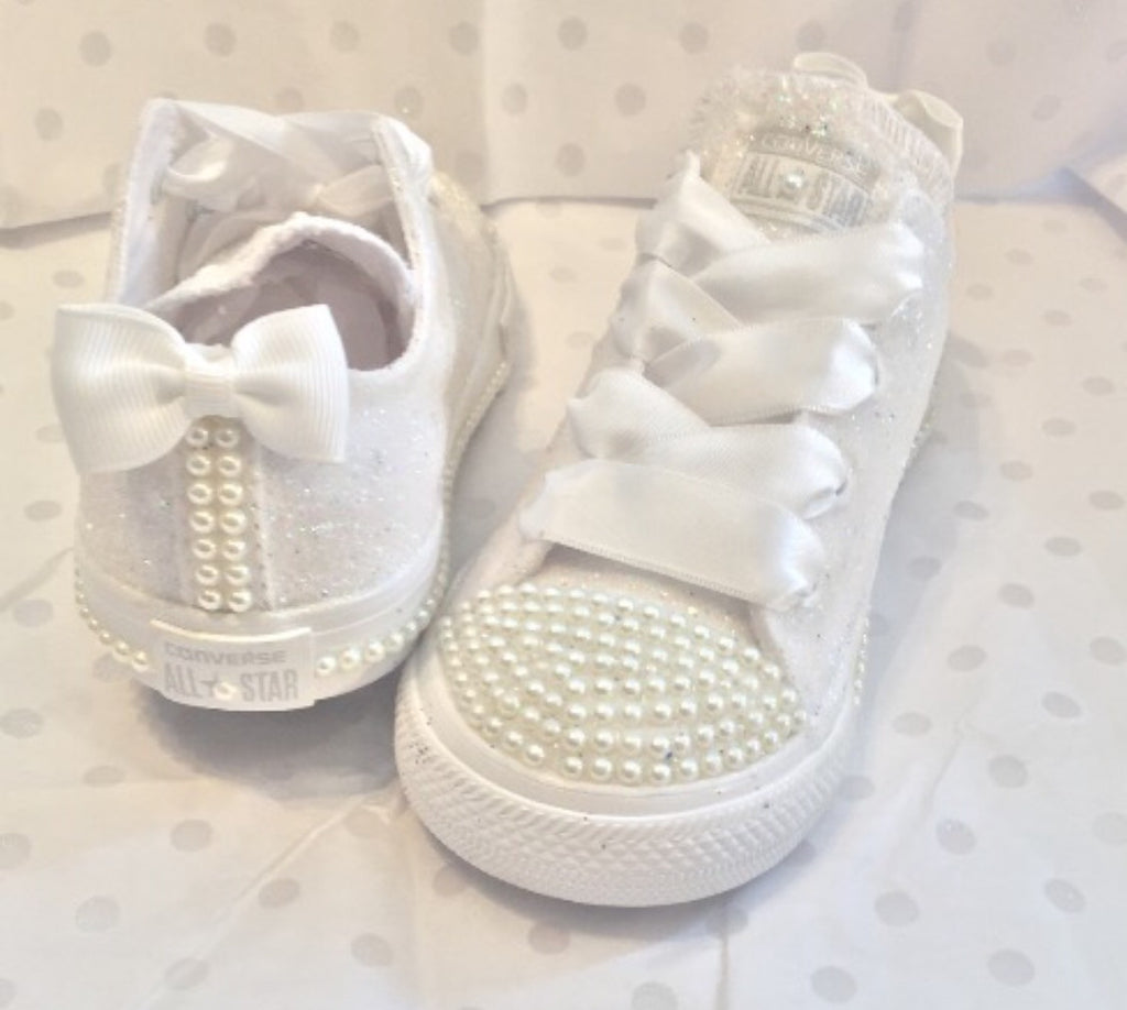 Captivating Kids Sparkly White Ivory Glitter Converse All Stars Pearls Flower GiRL  Communion Wedding Bridal Shoes