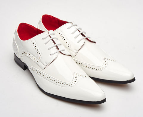 patent shiny white sleek pointy brogue lace up size 6 7 8 9 10 11 12 fancy dress evening formal wedding party hollywood great gatsby pointed shoe for men unique gift al capone gangster style 1920's 1930's 1940's