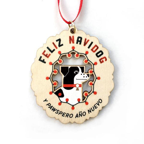 Amar&Riley: Feliz Navidog Ornament