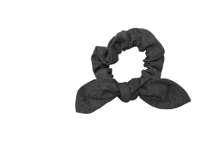 CHAMBRAY BOW SCRUNCHIE