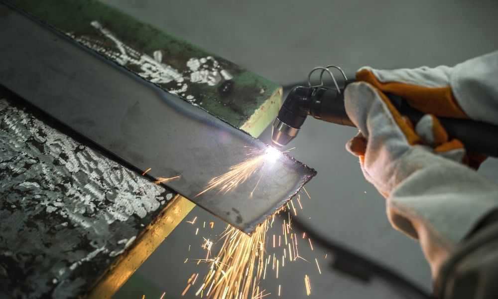 Common Uses for Plasma Cutters