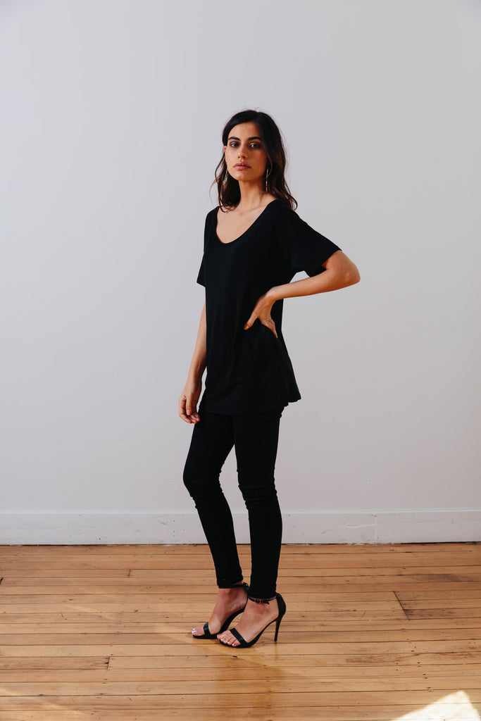 the mnml - ethical clothing - the oversized tee - black side